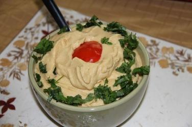 Blend boiled chickpeas, garlic, salt, lemon juice and olive oil.