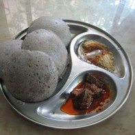 Idli made of rice and urad