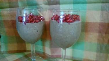Blend ripe bananas, walnuts, peanut butter and cocoa. Top with pomegranate. Chetana K, Bangalore.