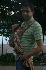 Dushyant goes out for a walk with Rewa.