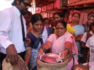 EZ Cooker Demonstration at Sangamnagar, Antop Hill