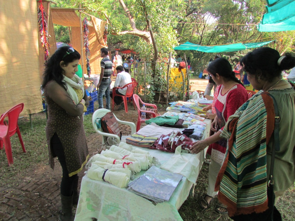 Cutting out Disposables:  Jivika Stall at the Mumbai Organic Farmers' Market features cloth vegetable bags, menstrual pads, diapers and covers to help people eliminate the use of disposables for the daily and monthly needs.