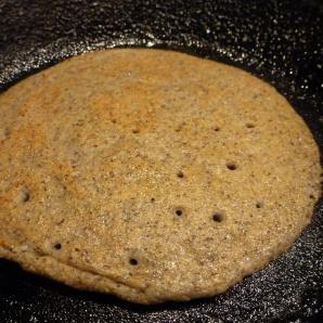 Dosa made of amaranth, rice and urad dal.