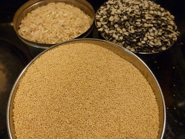 Use equal parts of rice, urad dal and amaranth.