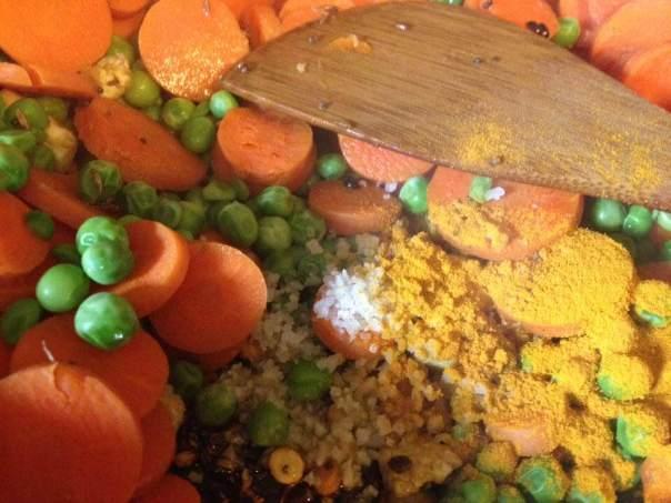 carrot cooker salt turmeric